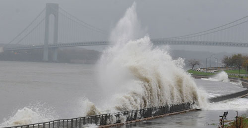 hurricane sandy hits new york city