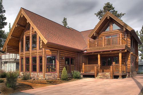 Choosing And Preparing The Best Wood For Log Cabins