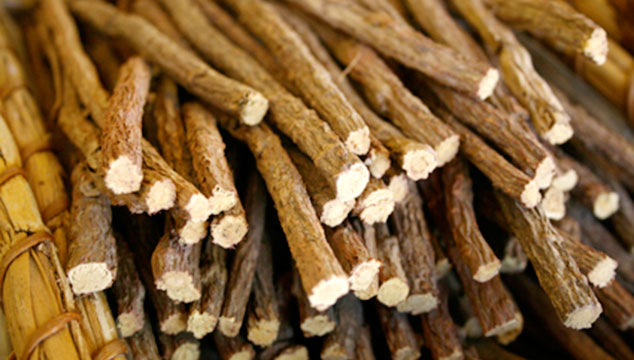 licorice-root-1