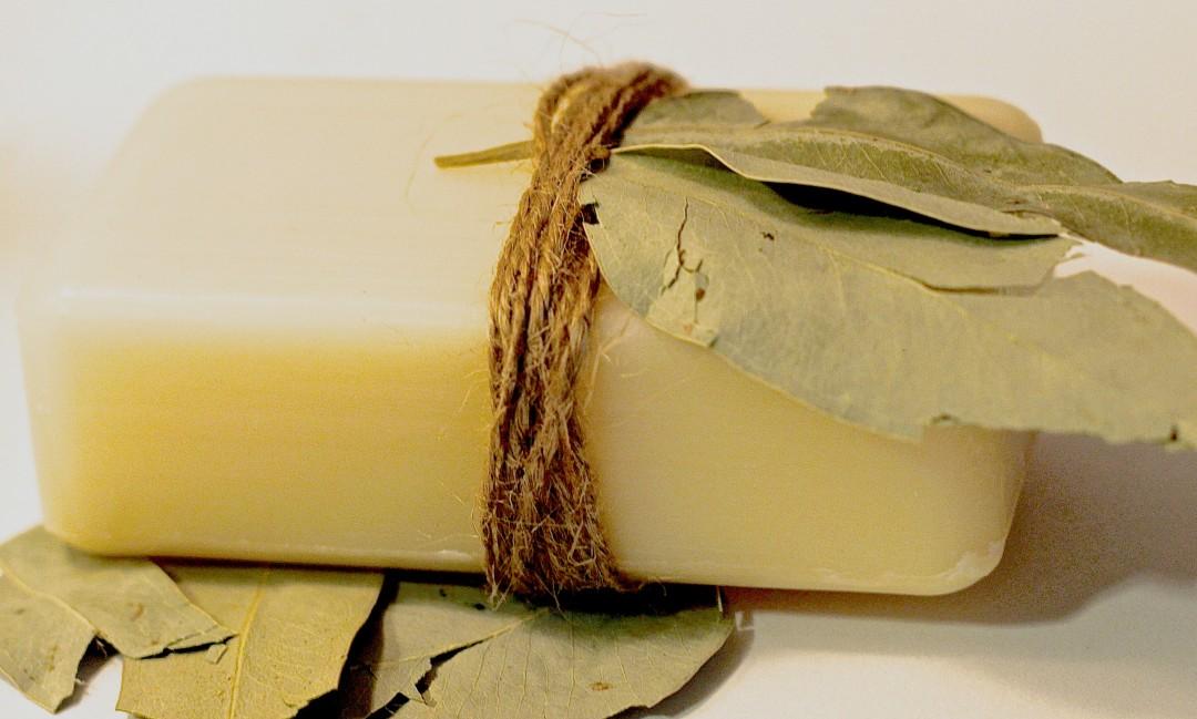 Homemade-Eucalyptus-Soap-1-1080x649