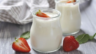 benefits-of-homemade-yogurt-768x512